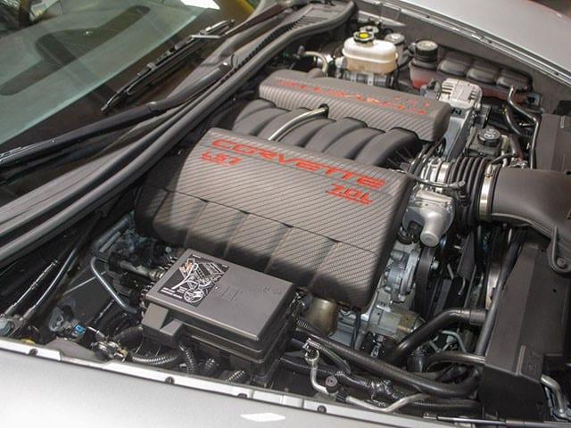2009 ZO6 Silver Corvette eng