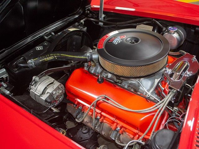 1965 Red 396 Corvette Convertible eng