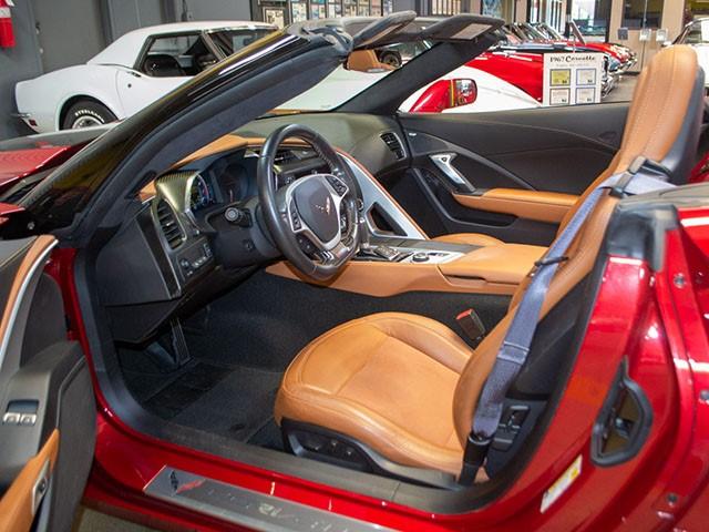 2015 Z06 Convertible Corvette int
