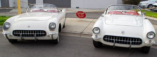 Corvette 1957 and 1955 White Top Flight