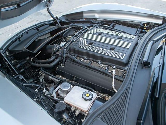 2017 silver corvette z06 convertible motor 1